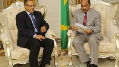 صورة الرئيس محمد ولد عبد العزيز يستقبل مبعوث الرئيس الصحراوي