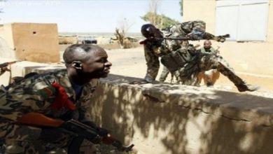 صورة مالي.. إقالة وزير الدفاع بعد سيطرة المتطرفين على مدينة وسط البلد