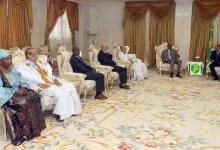 صورة الرئاسة الموريتانية تتسلم تقريرا عن استفتاء الدستور