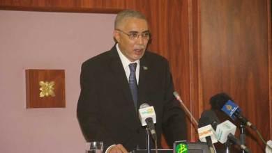 صورة ولد حدمين يقدم حصيلة الحكومة أمام البرلمان