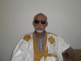 """صورة موريتانيا: وفاة الشاعر والإعلامي """"كابر هاشم"""""""
