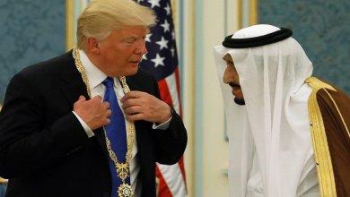 صورة ترامب يهين الملك سلمان و يشترط على السعودية دفع 4 ملايير دولار