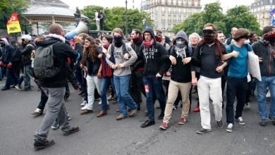 صورة احتجاجات شعبية واسعة  في فرنسا على غلاء المعيشة وزيادة الضرائب