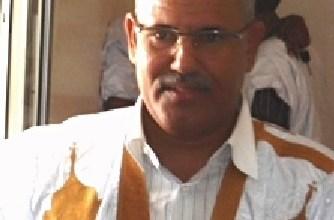صورة رجل الأعمال الناجي ولد بكاه يقدم مساعدات طبية لمستوصف مقاطعة واد الناقة