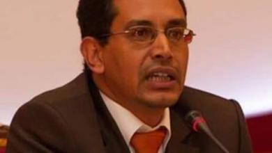 صورة الفيسبوك يحجب حساب المؤرخ الدكتور حماه الله السالم