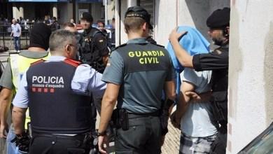 صورة الشرطة الإسبانية تلقي القبض على 100 عضو من عصابة تنقل المخدرات من المغرب