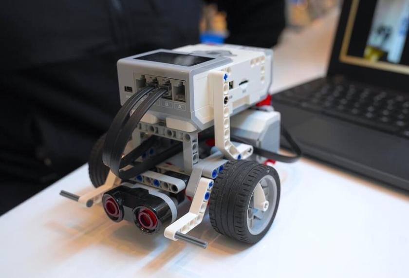 lego STEM toys