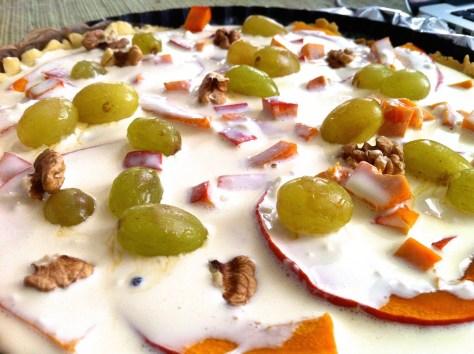 quiche-mit-kuerbis-trauben-ziegenfrischkaese-walnuessen-header-img_1717