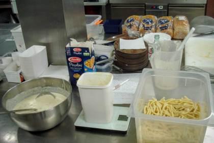 hoeveel pasta portie gewogen