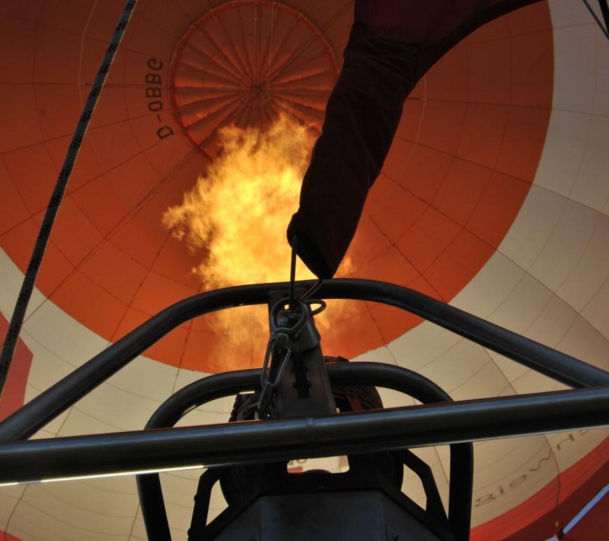Brenner befeuert den Ballon © Stadt Wolfenbüttel, Alina Jassmann