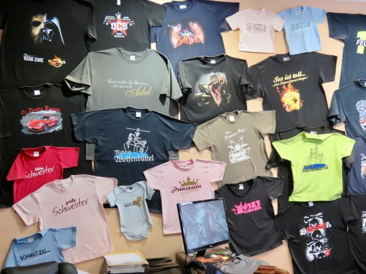 Mit bedruckten T-Shirts hat alles angefangen.