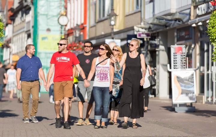 Zum Einkaufen und Bummeln mit Freunden in Wolfenbüttel unterwegs.