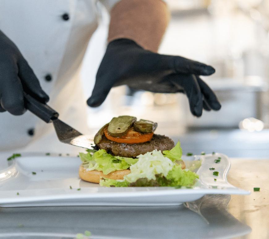Denvers Burger wird gebaut. © Denver Künzer