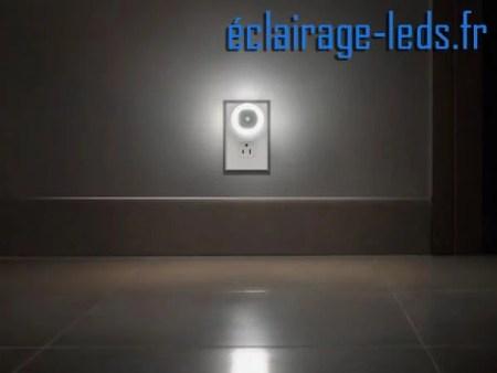 Veilleuse LED automatique sur prise électrique mod. rond 230v