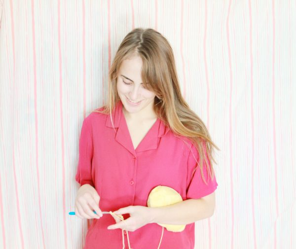 Learn How to Crochet for Beginners: Holding your Yarn & Hook, Slip Knot, and Chain Stitch