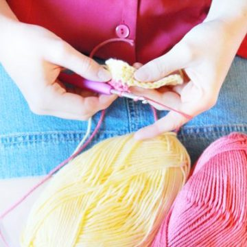 Learn How to Crochet for Beginners Part 5: How to Change Yarn Colors & Half double Crochet