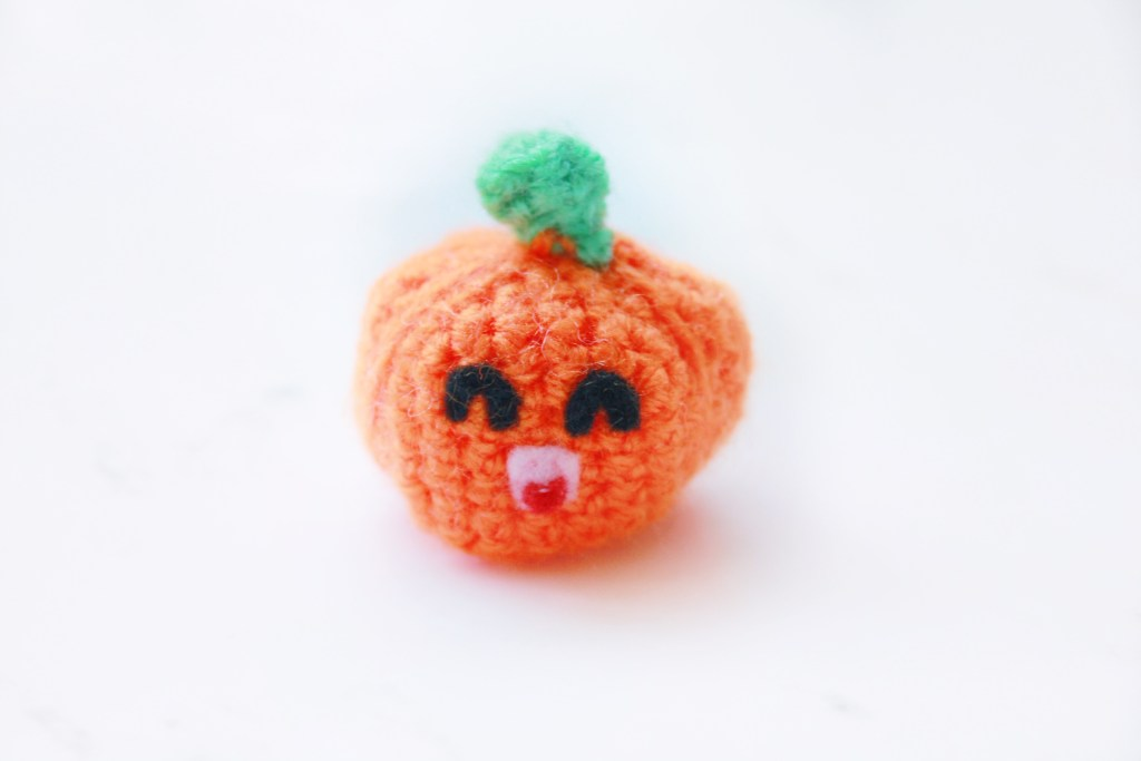 Mini Pumpkin Free Crochet Candy Pattern: 31 Days of Candy Day 11 by E'Claire Makery