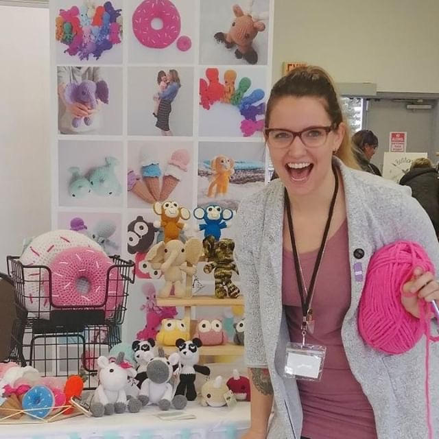 Rock your next Craft Fair or Market (feat. Robyn from Ami.and.emme) - ECLAIREMAKERY.COM