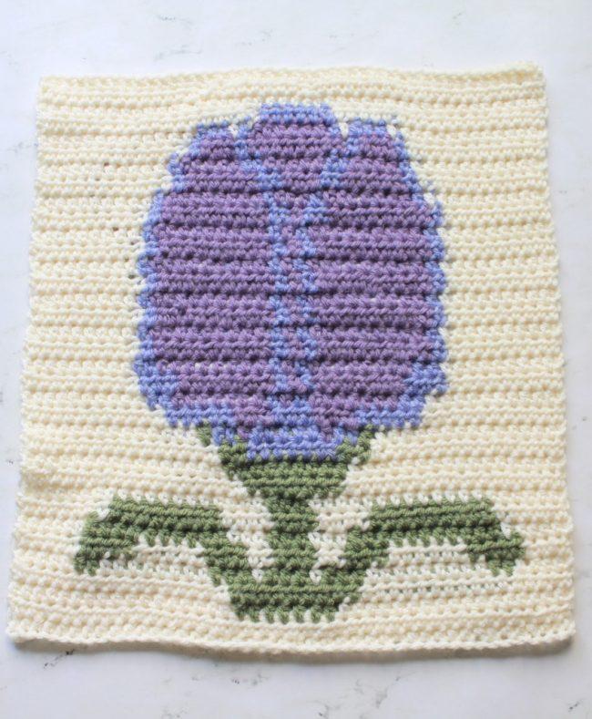 May Flowers Blanket Crochet Along: Tulip Block