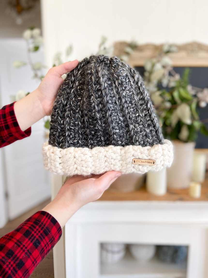 Two Toned Beanie: Free Easy Crochet Ribbed Beanie Pattern