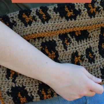 Leopard Clutch: Free Tapestry Crochet Clutch Pattern