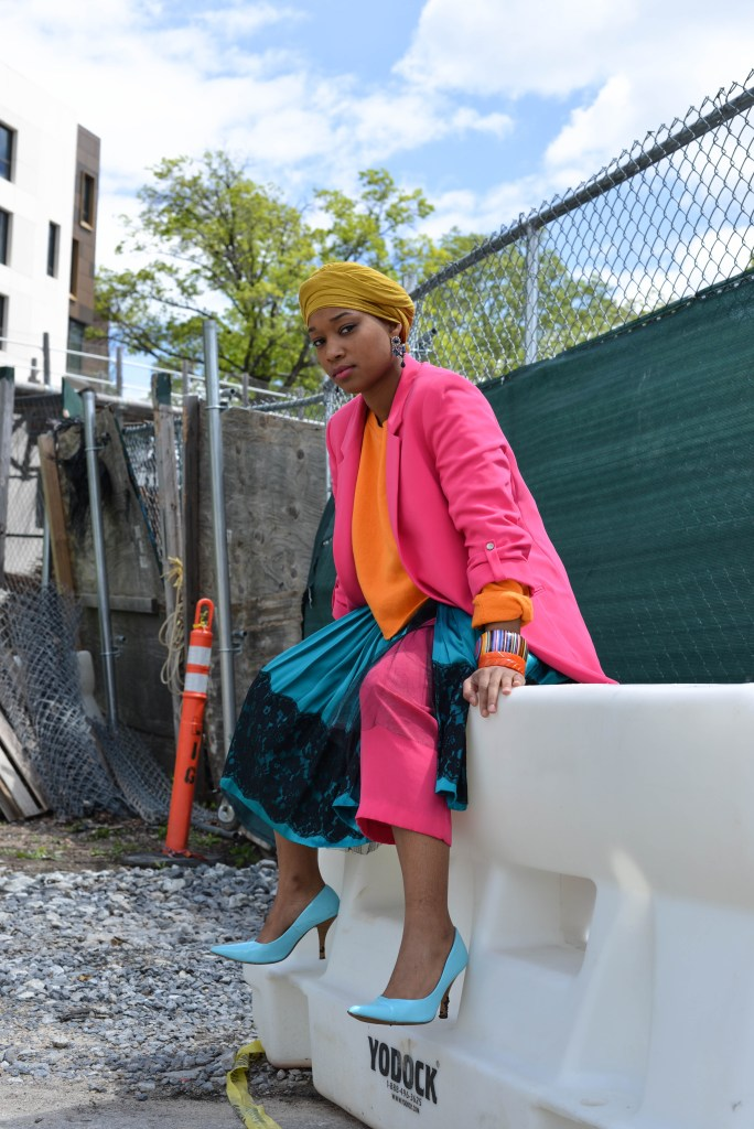 nia groce colorful style brooklyn bridge park