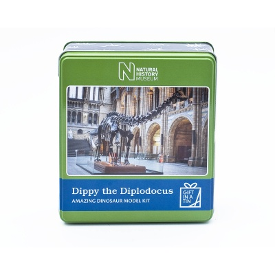 Gift in a Tin – Natural History Museum Dippy the Diplodocus Dinosaur Model Kit – Large Tin