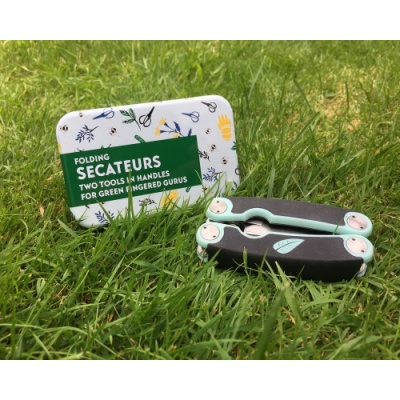 Gift for Grown-Ups – Folding Secateurs in a Tin