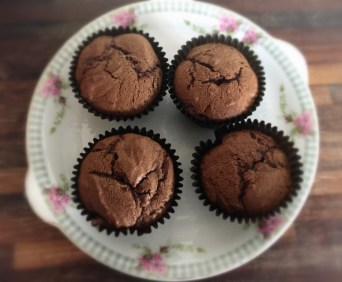 Gluten & Low FODMAP chocolate, banana & blueberry muffins