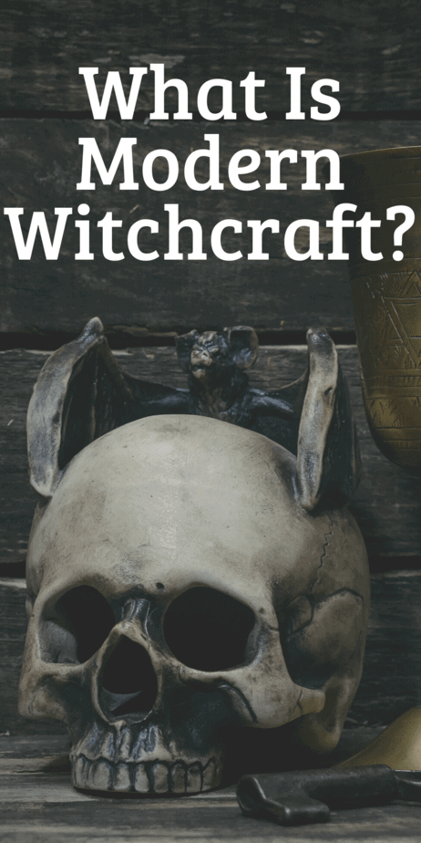 What is modern witchcraft? How to modern witches practice witchcraft? This frequently asked question is answered in this blog post by Eclectic Witchcraft. #witch #witchcraft #occult #pagan #wicca #paganism