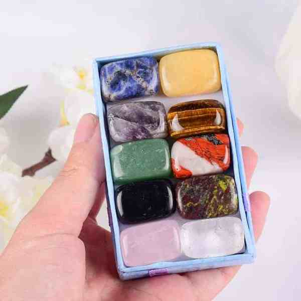 Decorative Image  |  Healing Crystals Gift Set  | This beautiful gift set will make anyone that works with crystals gasp. Packaged with love and care, each crystal is unique and filled with healing energy.