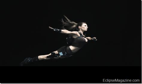 Tomb Raider Alison Carroll_Lara-Swan_Dive