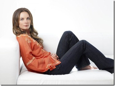BURN NOTICE -- Pictured: Gabrielle Anwar as Fiona Glenanne -- USA Network Photo: Justin Stephens