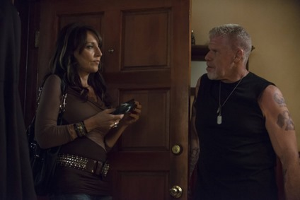 SONS OF ANARCHY-- Andare Pescare -- Episode 509 (Airs Tuesday, November 6, 10:00 pm e/p) -- Pictured: (L-R) Katey Sagal as Gemma Teller-Morrow, Ron Perlman as Clarence 'Clay' Morrow -- CR: Prashant Gupta/FX