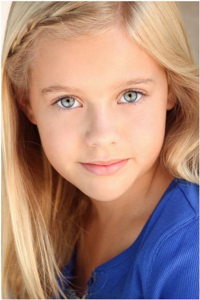 Alyvia Alyn Lind