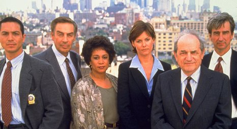 law_order_s07_700x384