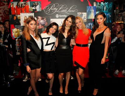 """PRETTY LITTLE LIARS - Lucy Hale, Shay Mitchell, Ashley Benson, Troian Bellisario and Sasha Pieterse as well as Executive producers Marlene King, Oliver Goldstick and Joseph Dougherty assemble at Comic-Con New York to preview the new mystery facing the girls when """"Pretty Little Liars"""" returns in January 2016.  (ABC Family/Lou Rocco) ASHLEY BENSON, LUCY HALE, TROIAN BELLISARIO, SASHA PIETERSE, SHAY MITCHELL"""