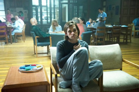 """THE MAGICIANS -- """"The World in the Walls"""" Episode 104 -- Pictured: Jason Ralph as Quentin -- (Photo by: Carole Segal/Syfy)"""