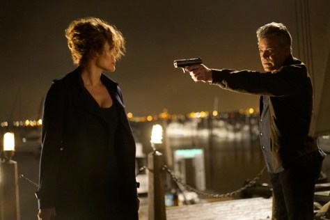 "SHADES OF BLUE -- ""False Face, False Heart"" Episode 103 -- Pictured: (l-r) Jennifer Lopez as Det. Harlee Santos, Ray Liotta as Bill Wozniak -- (Photo by: Peter Kramer/NBC)"