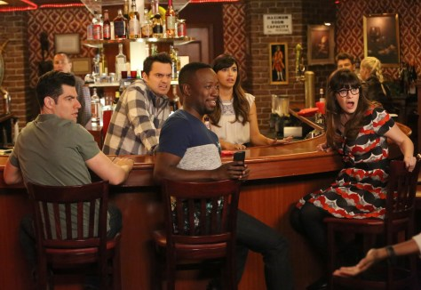 NEW GIRL:  L-R:  Max Greenfield, Jake Johnson, Lamorne  Morris, Hannah Simone and Zooey Deschanel in part one of the special one-hour ÒJeff Day/HelmetÓ episode of NEW GIRL airing Tuesday, April 19 (8:00-9:00 PM ET/PT) on FOX.  ©2016 Fox Broadcasting Co.  Cr:  Patrick McElhenney/FOX