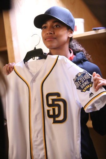 PITCH: Kylie Bunbury in PITCH coming soon to FOX.  ©2016 Fox Broadcasting Co. Cr:  Ray Mickshaw / FOX