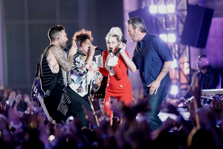 """THE VOICE -- """"Blind Auditions"""" -- Pictured: (l-r) Adam Levine, Alicia Keys, Miley Cyrus, Blake Shelton -- (Photo by: Tyler Golden/NBC)"""