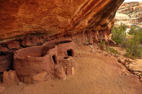 Horsecollar Anasazi Ruin - Natural Bridges National Monument