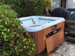 Hot tub removal was performed fast