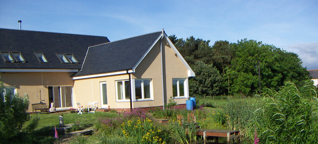 Lumsdaine-Zero-Co2-Eco-House-1-1100x500