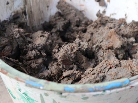 CH River mud bucket