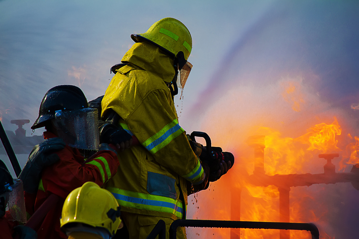 firefighters iStock 480564194