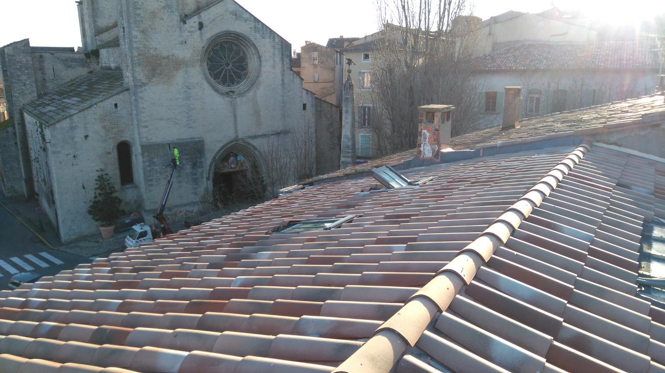 Couverture tuiles pour la rénovation du Cluster Touristique de Forcalquier