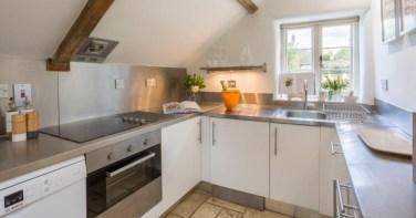Culls Cottage - kitchen
