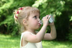 25,000 chemicals in bottled water